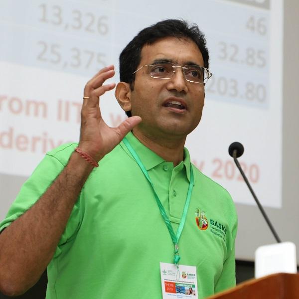 Dr Hemant Nitturkar